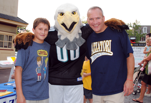 Doylestown Chiropractor Jeff McQuaite with Philadelphia Eagles Swoop